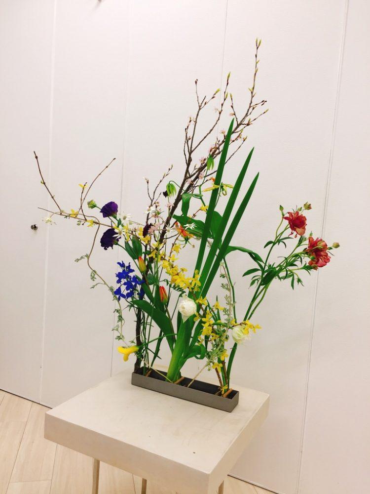 研究科3年2級3月<花で絵を描くⅠ>